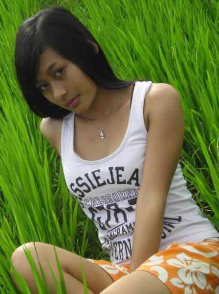 Foto Bugil Hot Cewek Telanjang Pamer Payudara Montok ...